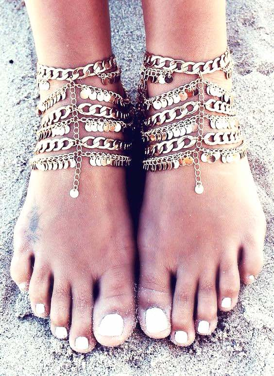 Ankle chain, Ankle bracelet, Coachella style, Boho fashion, Coachella accessories, Coachella looks, Coachella fashions