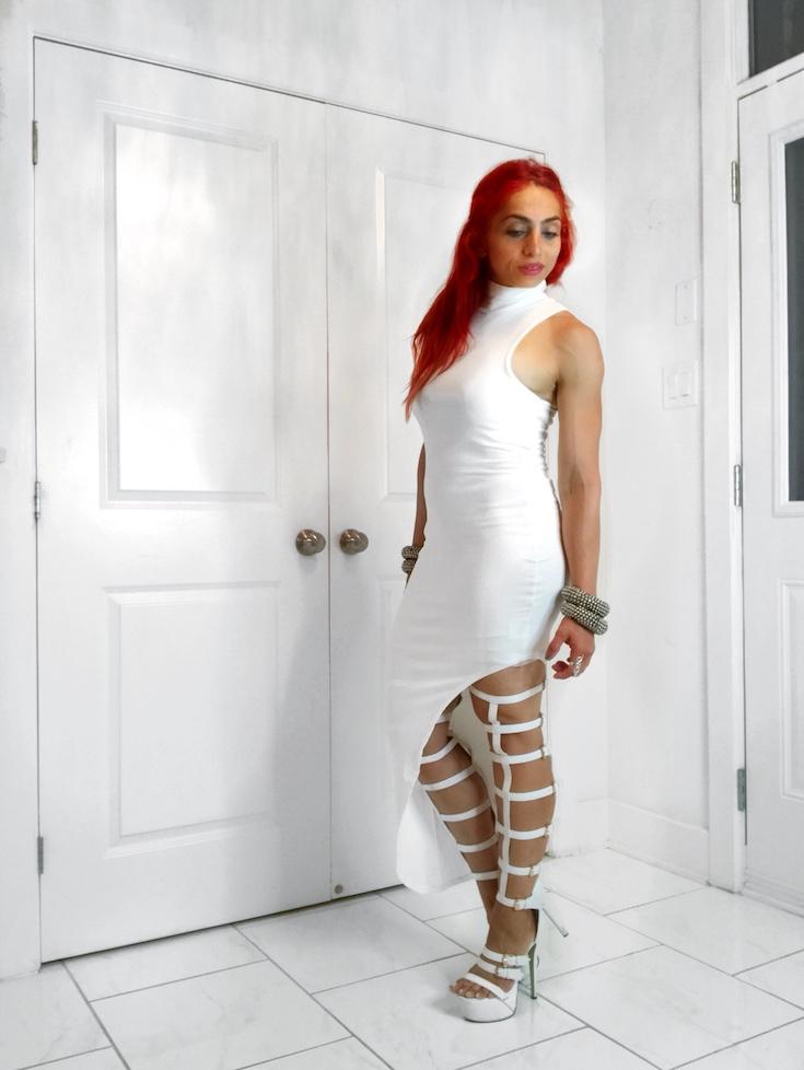 Edgy fashion style, White clothing, Women's fashion style, Fashion outfits, Fashion style tips, Boho fashion style, White outfit ideas, White dress, All white outfit