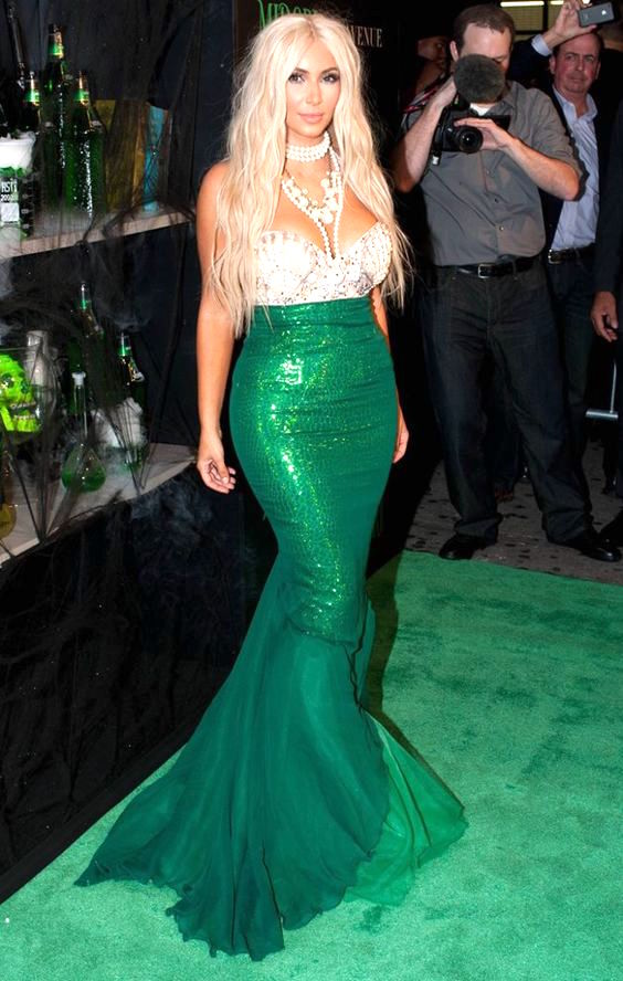 Kim-Kardashian-mermaid-costume