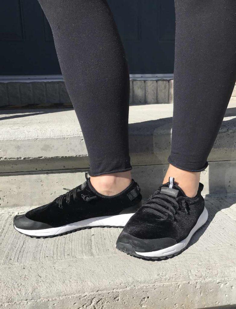 Mothers day gift, velvet black runners