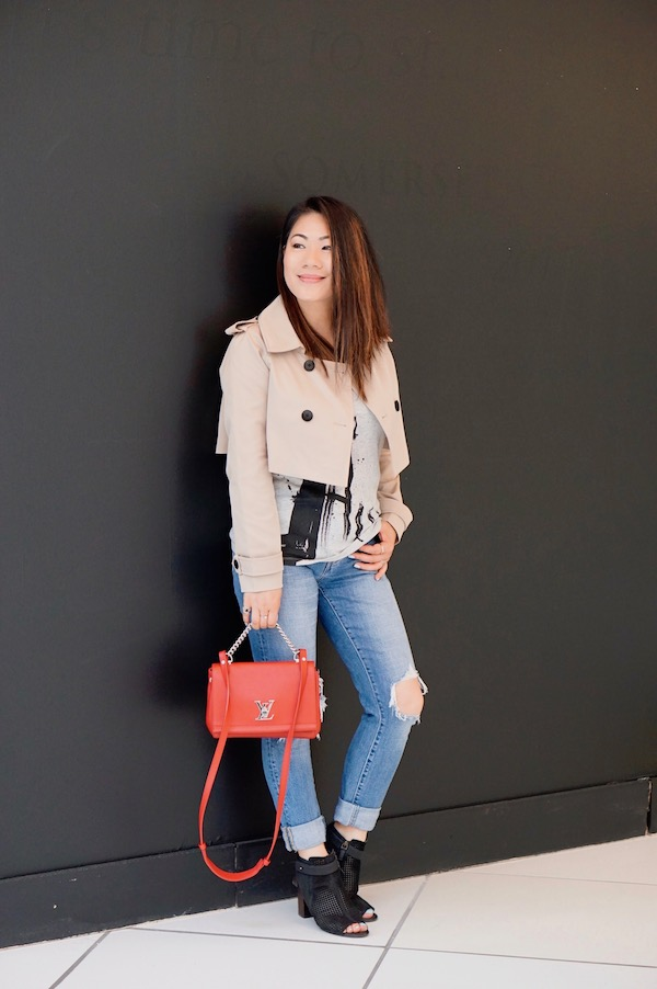 Beige moto jacket with ripped jeans