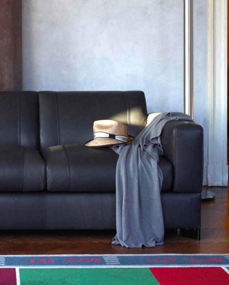 Furniture makeover, Furniture DIY, Furniture refinishing, furniture restoration, upholstery DIY, upholstery fabric, upholstery sofa, upholstery projects, nylon fabric