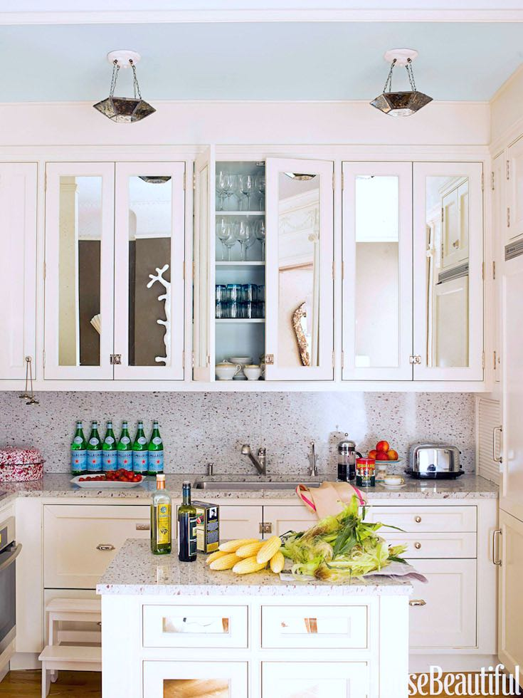 Small white kitchen display and decor_pin