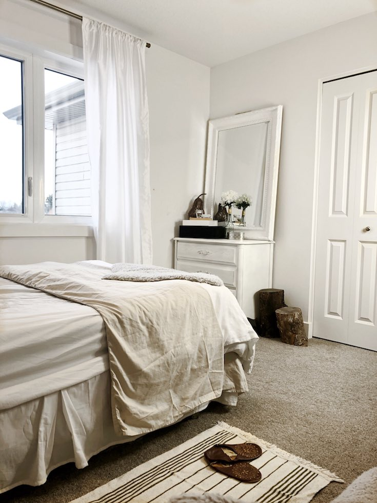 Small white bedroom with window, Small Bedroom Ideas
