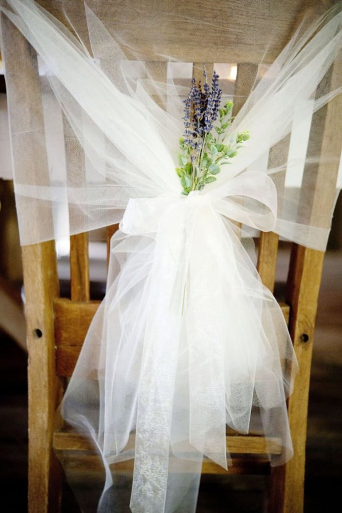 Tulle & lavender chair cover, Wedding decoration ideas, Wedding decorations on a budget, DIY Wedding decorations, Rustic Wedding decorations, Fall Wedding decorations