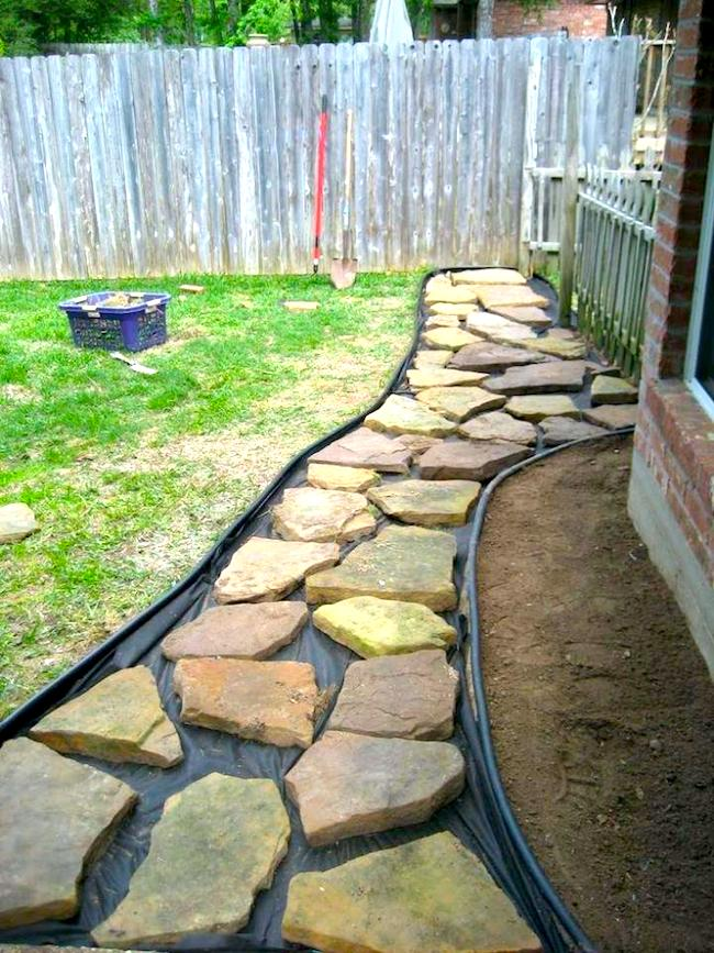 Plan your flagstone walkway path and layout