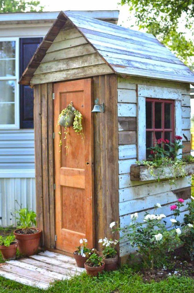 Wood garden storage shed