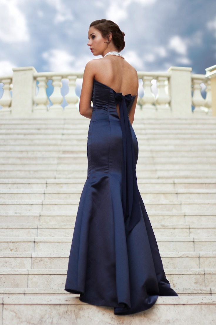 Navy trumpet cut dress