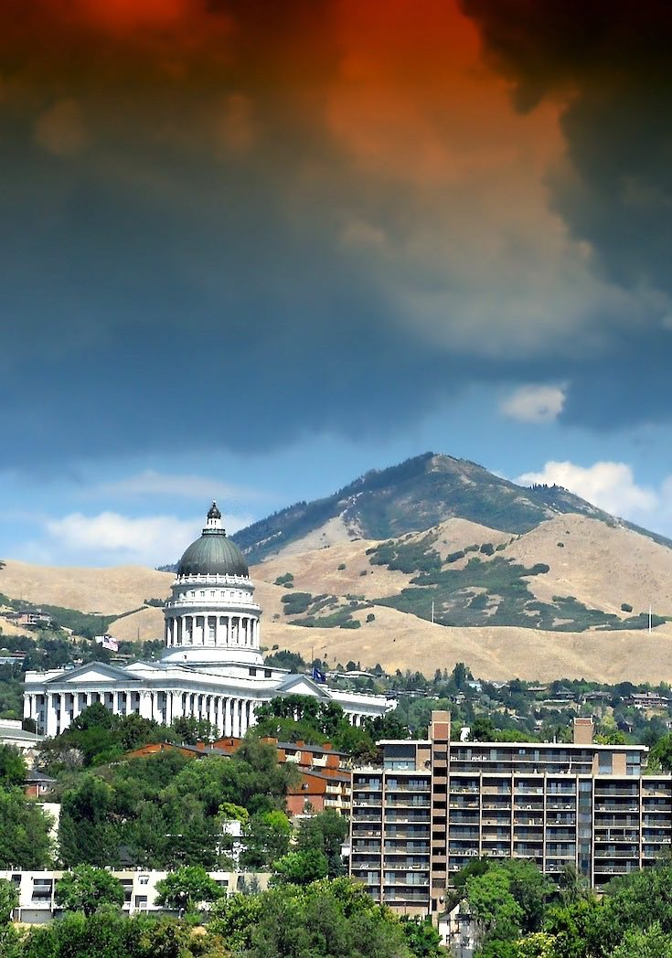 Salt Lake city Utah mountain and building view