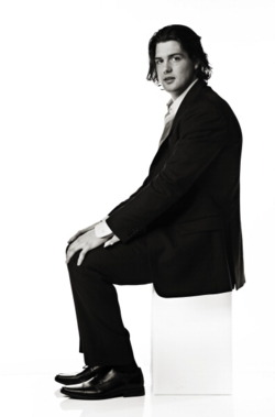 Jamie Benn - suit