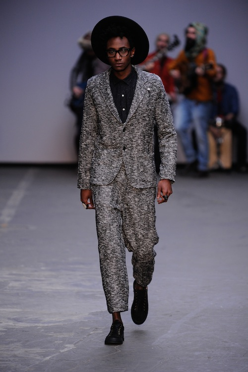 Oliver Spencer tweed suit