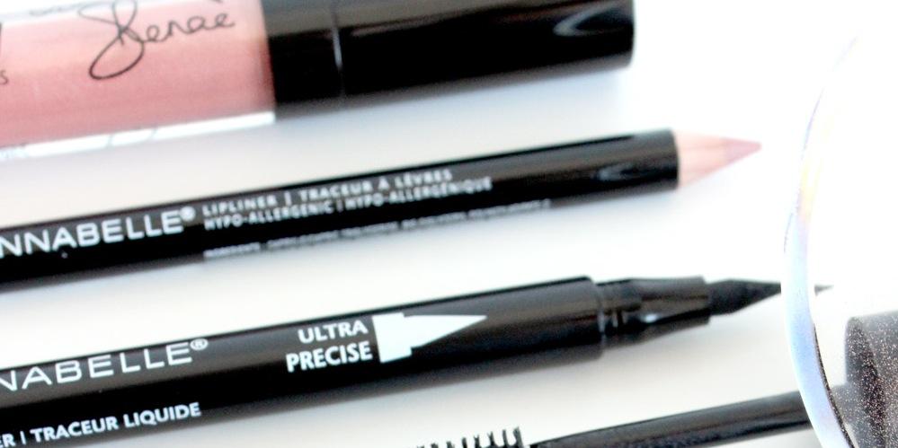 Eyeliner, lip liner, lip gloss