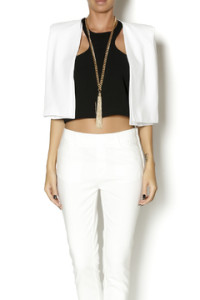 Racerfront cropped top in black with blazer