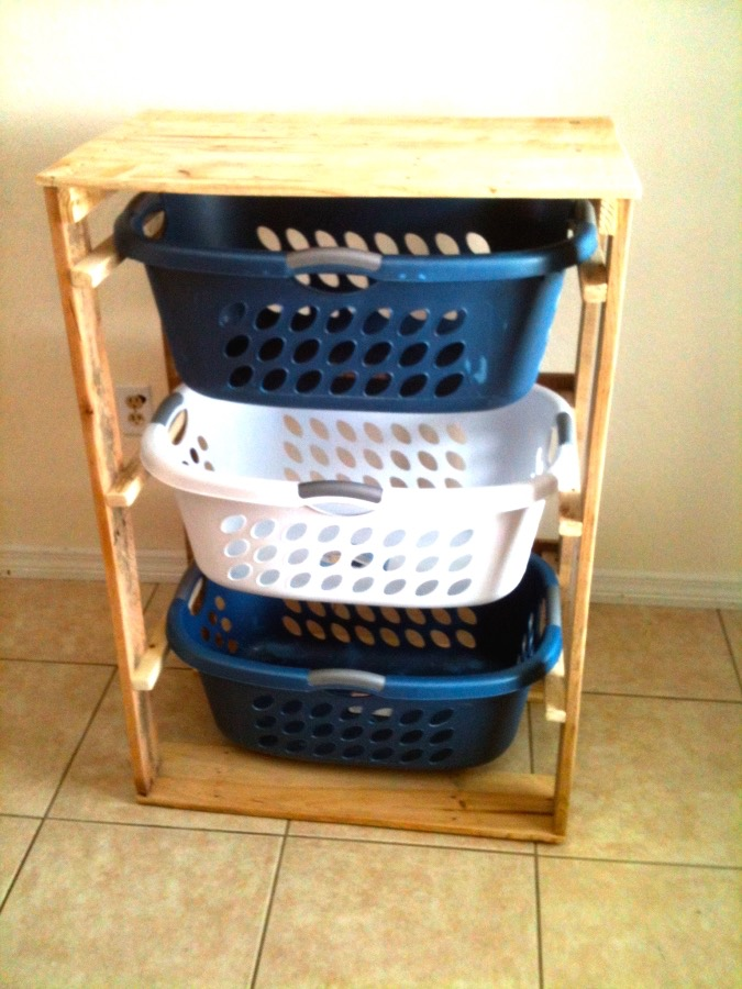 DIY pallet laundry dresser