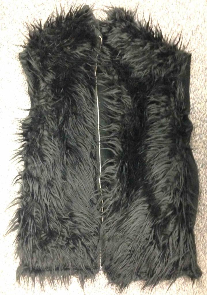 Fur vest finished