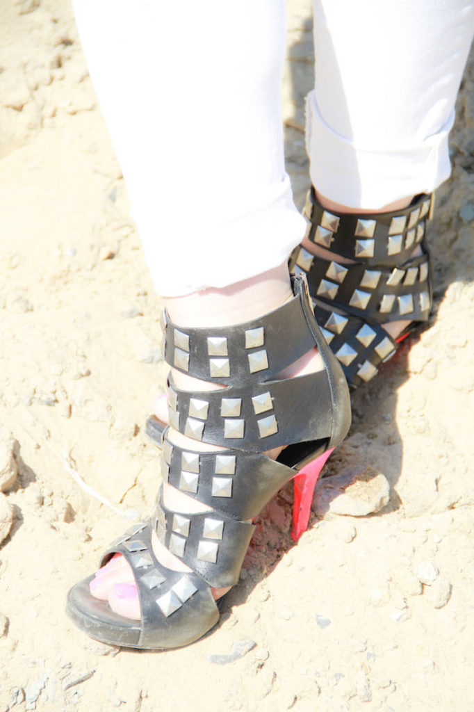 Studded heels, DIY studded boots, Studded ankle boots, Studded boots outfit, Black studded boots, Givenchy studded boots, Studded boots street style