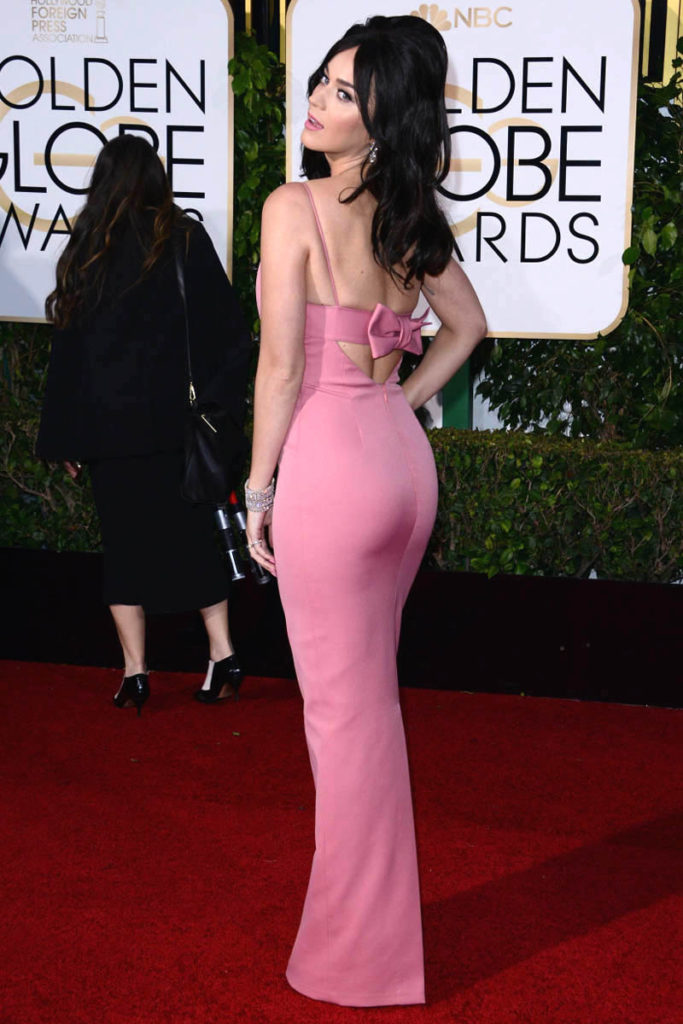Katie Perry Deep V neck pink evening dress