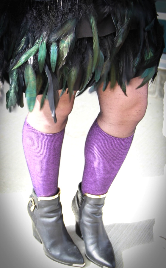 Spresso compression socks in purple with feather skirt