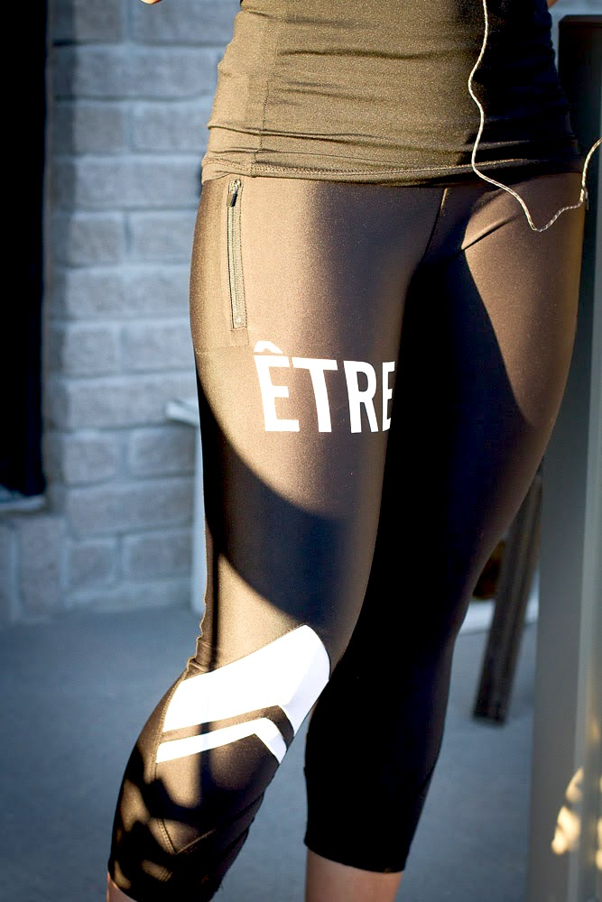 Etre leg zippered pocket