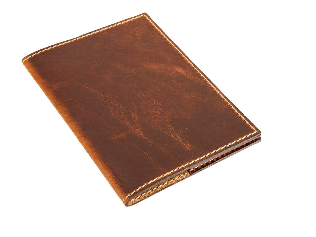 horween-leather-passport-cover-in-chestnut
