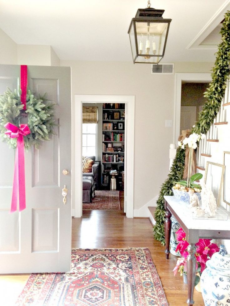 Christmas entrance decor, DIY Christmas decorations, Rustic Christmas decorations, Classy Christmas decorations, Easy Christmas decorations, Simple Christmas decorations, Cheap Christmas decorations