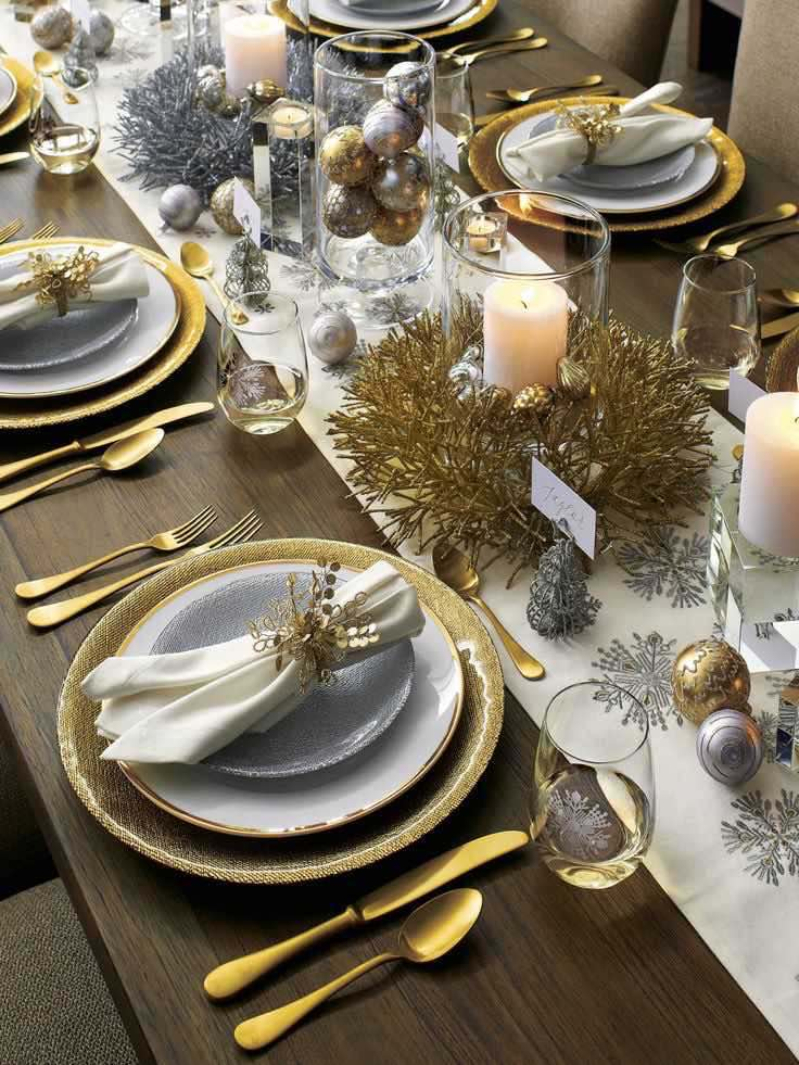 Christmas table setting, DIY Christmas decorations, Rustic Christmas decorations, Classy Christmas decorations, Easy Christmas decorations, Simple Christmas decorations, Cheap Christmas decorations