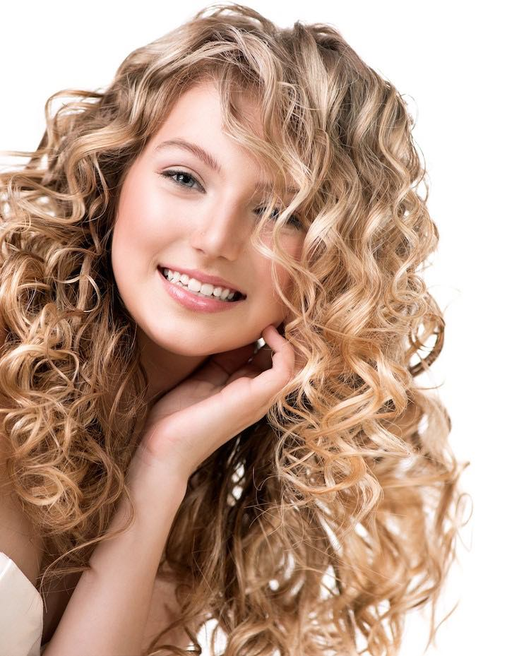Curly hair, Healthy hair tips, Healthy hair growth, healthy hair remedies, How to get healthy hair, Healthy hair routine, DIY healthy hair, Long healthy hair, Healthy hair care