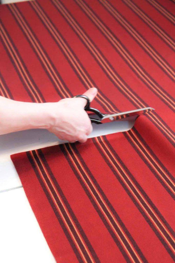 Cutting blanket scarf