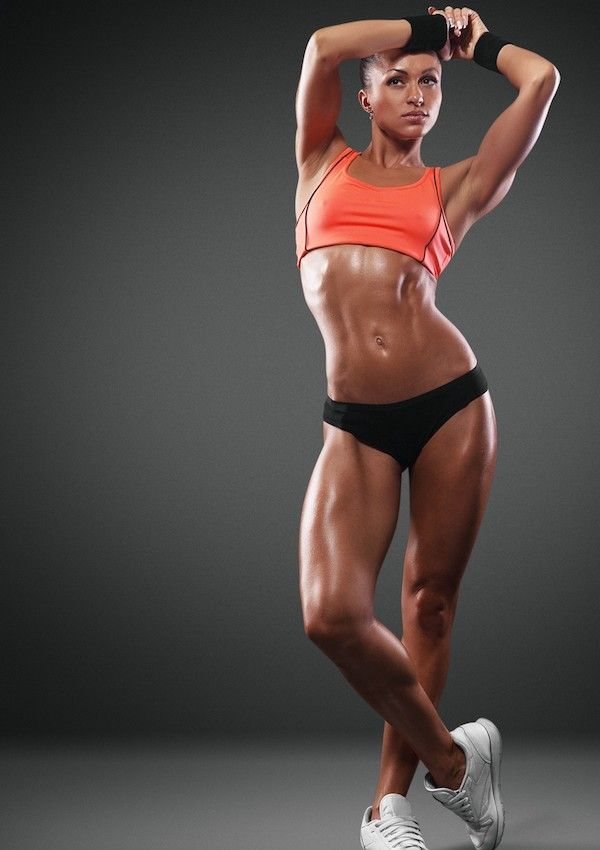 Building muscles, weightlifting for women