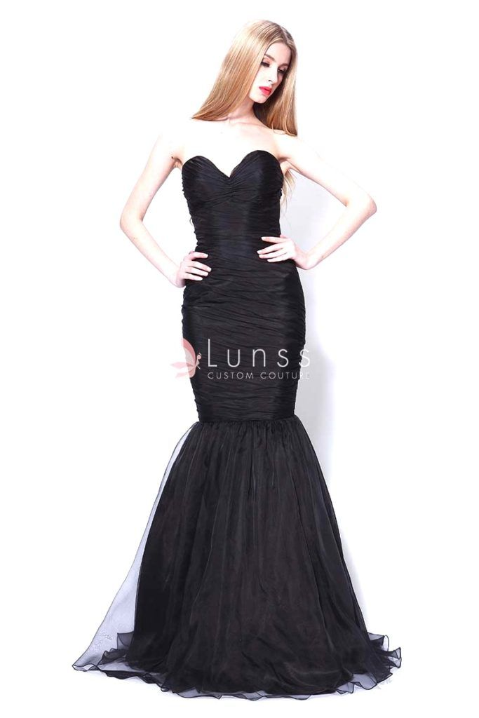 Strapless sweetheart black tulle vintage bridesmaid dress