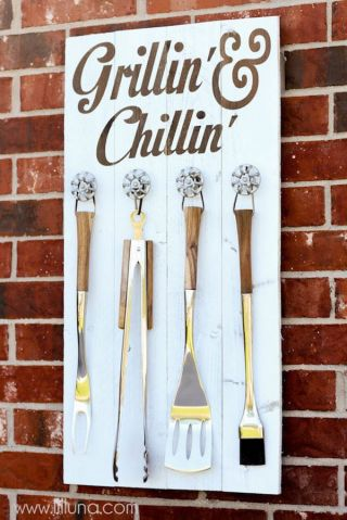 grillin-and-chillin-sign, fathers day gifts, dad present, gifts for fathers day