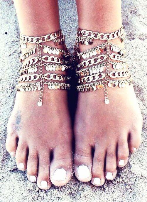 Ankle chain, Ankle bracelet, Coachella style, Boho fashion, Coachella accessories, Coachella looks, Coachella fashions